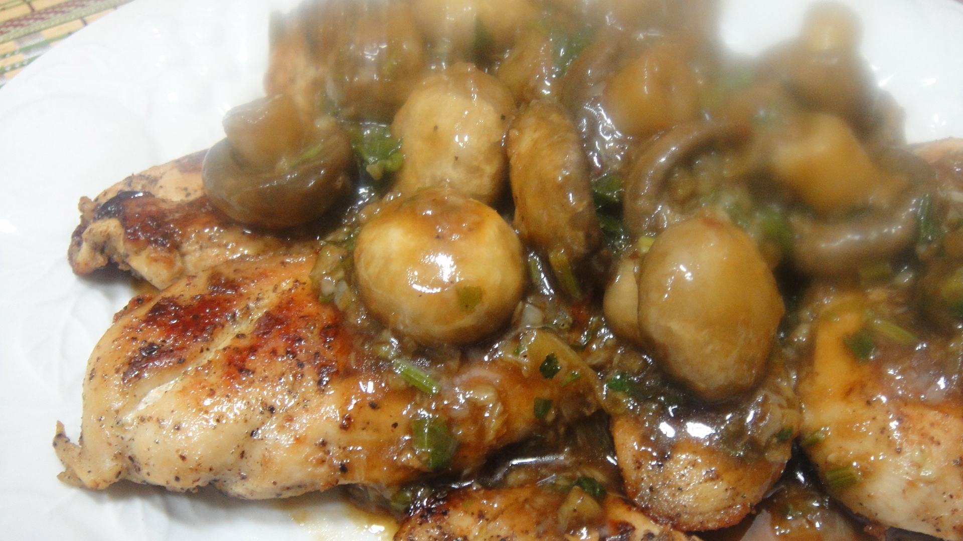 Chicken Steak with Garlic Mushroom Sauce: My successful experiment  chazsm